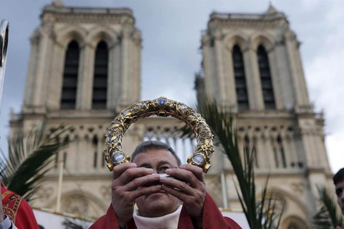 La reliquia de la Corona de Espinas fue salvada del incendio en Notre Dame. Foto: Reuters