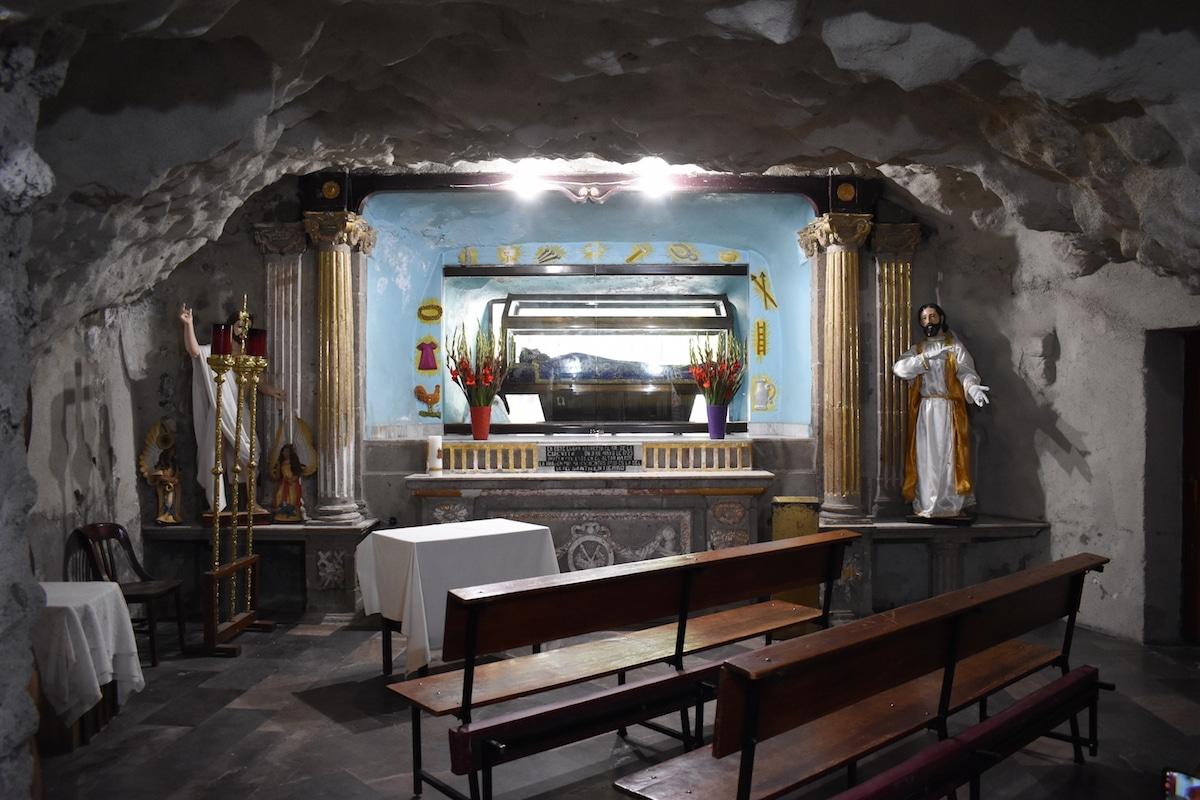 La imagen del Señor de la Cuevita es la más venerada de Iztapalapa. Foto: Ricardo Sánchez