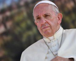 """""""Que el dolor por Notre Dame se transforme en esperanza"""""""