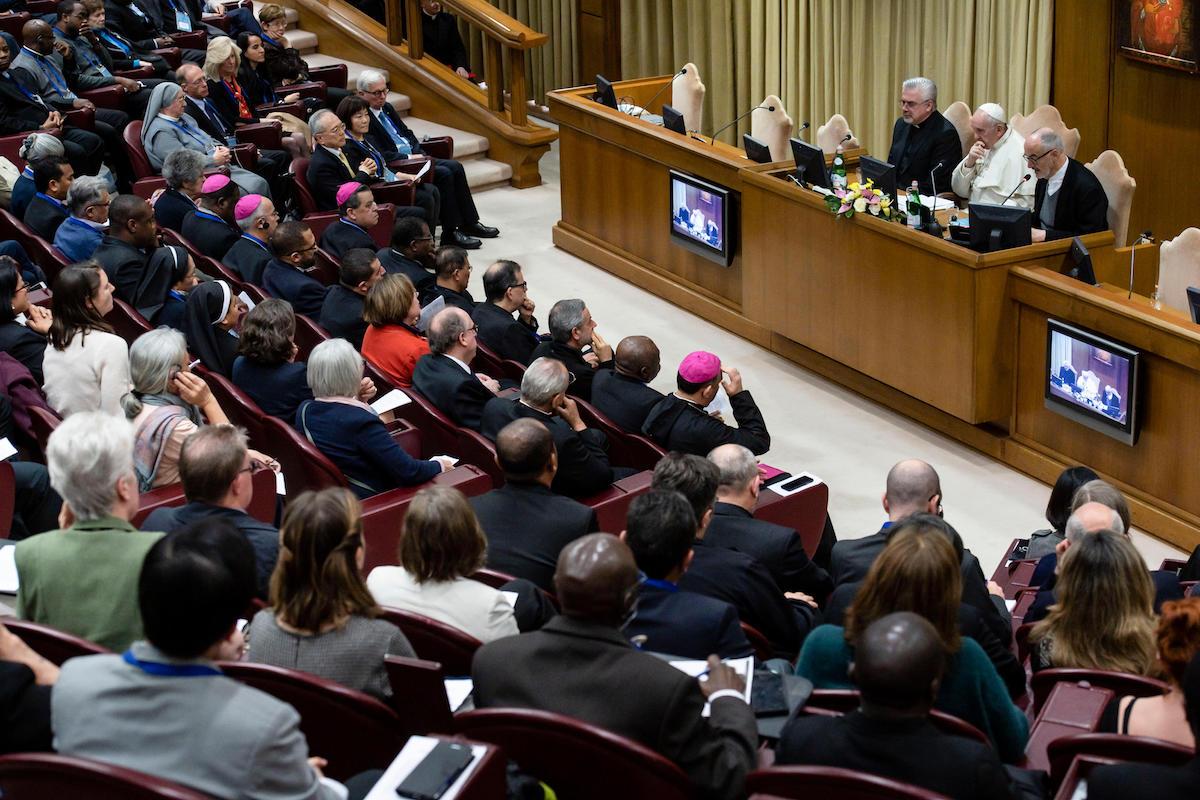 El Papa Francisco se reunió con participantes de la Conferencia Internacional sobre la trata de seres humanos. Foto: Vatican Media