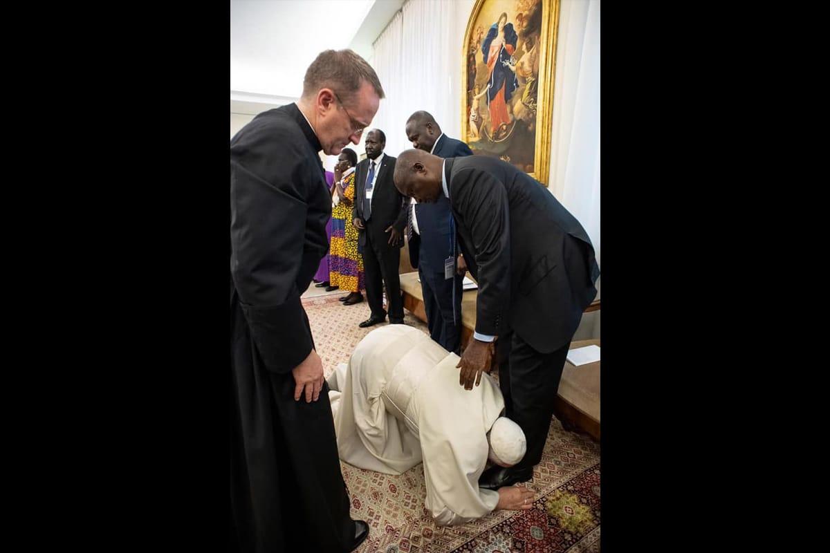 El gesto del Papa Francisco llamó la atención del mundo. Foto: Vatican Media