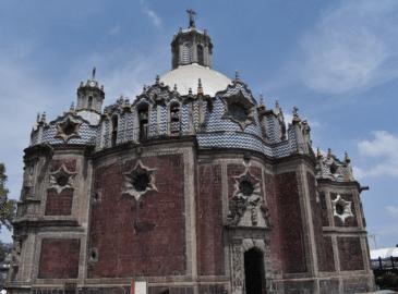 """A restauración, la Capilla de """"El Pocito"""" de La Villa de Guadalupe"""