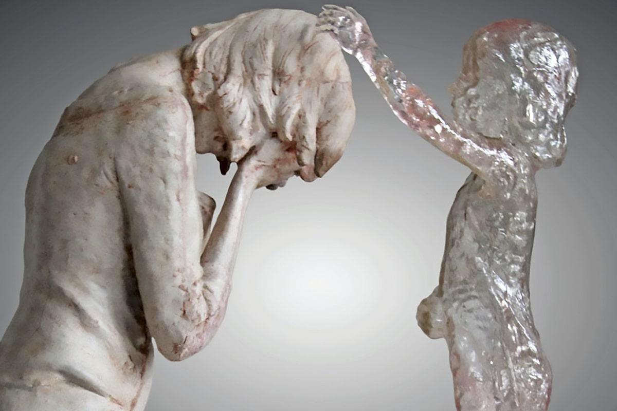 """Instituto IRMA, acompaña en la sanación de las heridas del aborto. Foto: Escultura """"Memorial para los niños no nacidos"""" de Martin Hudacek."""