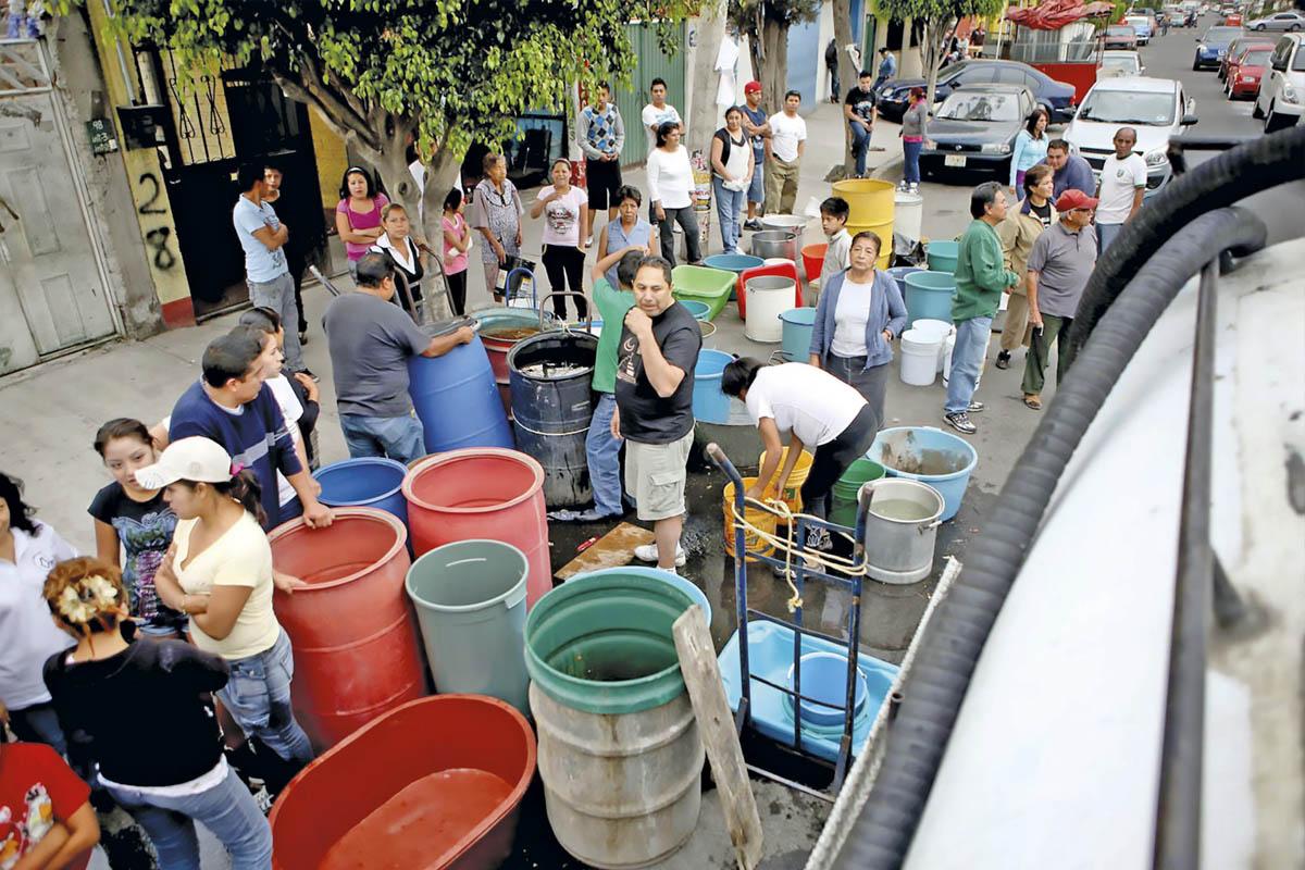 Los cortes de agua y desabasto son cada vez más comunes en la Ciudad de México. Foto: Especial