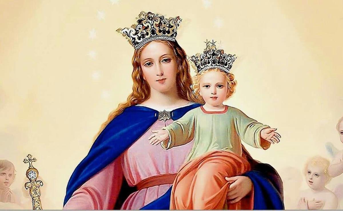 El Papa Pío VII, prisionero del general Napoleón, prometió a la Virgen que el día que llegara en libertad a Roma lo declararía fiesta de María Auxiliadora.