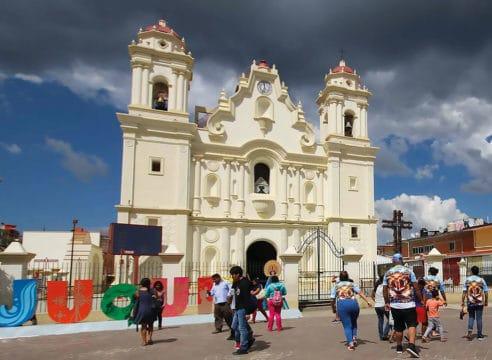 ¿Por qué el turismo religioso es una bendición económica?