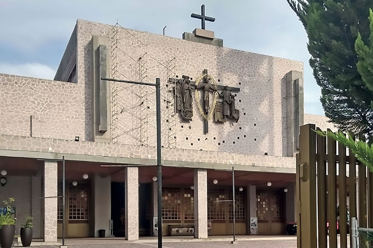 El santuario de Santo Toribio Romo fue diseñado por Fray Gabriel Chávez de la Mora.