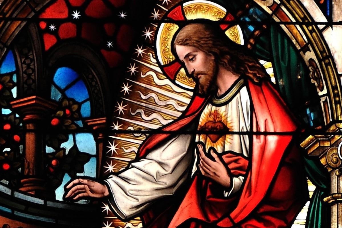 Vitral Del Sagrado Corazón de Jesús. Foto: ZENIT
