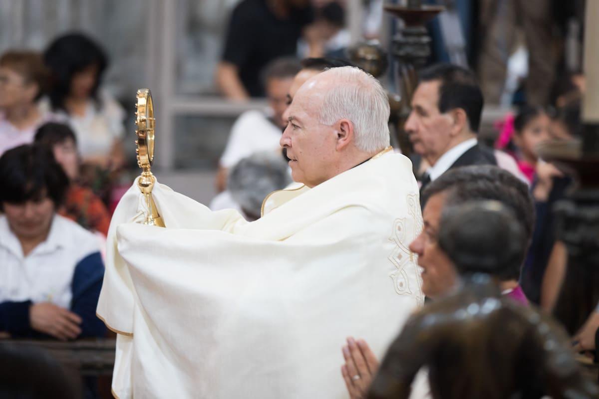 El Cardenal Aguiar durante la Misa de Corpus Christi. Foto: María Langarica