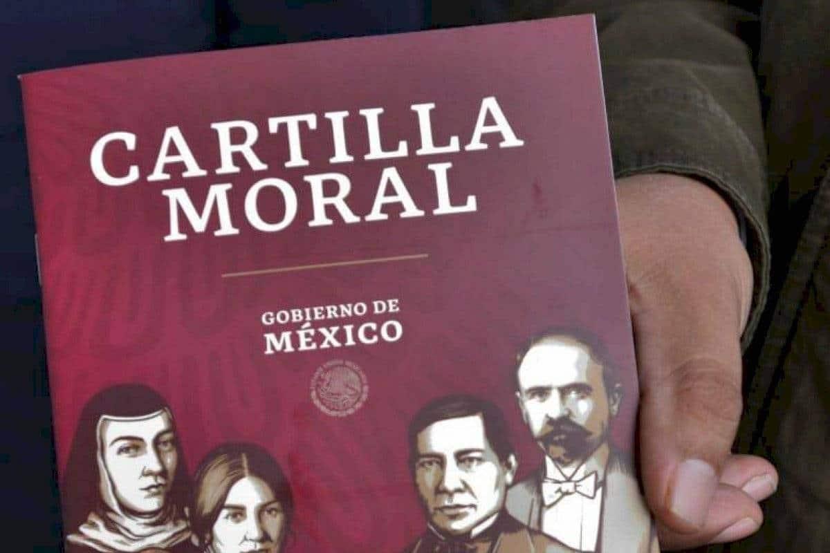 La Cartilla Moral es distribuida en México por las iglesias evangélicas.