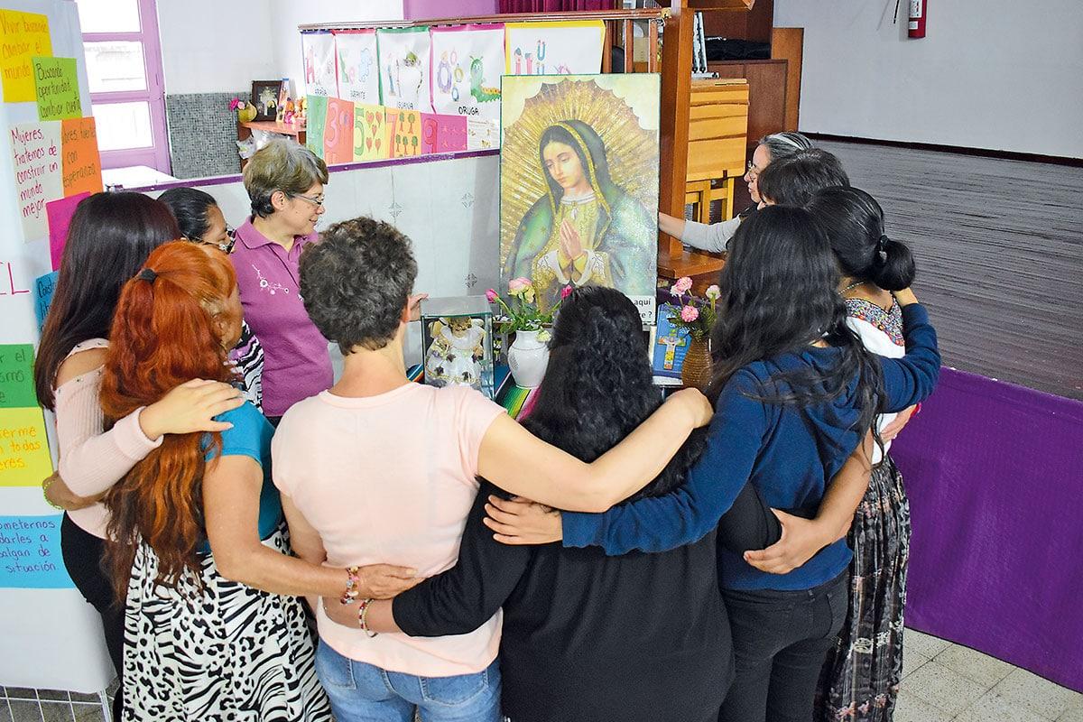 En el Centro Madre Antonia, ubicado en La Merced, muchas mujeres han encontrado el amor que buscaban. Foto: Ricardo Sánchez