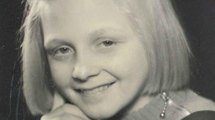 Elise Lindqvist de niña. Foto: Vatican Media
