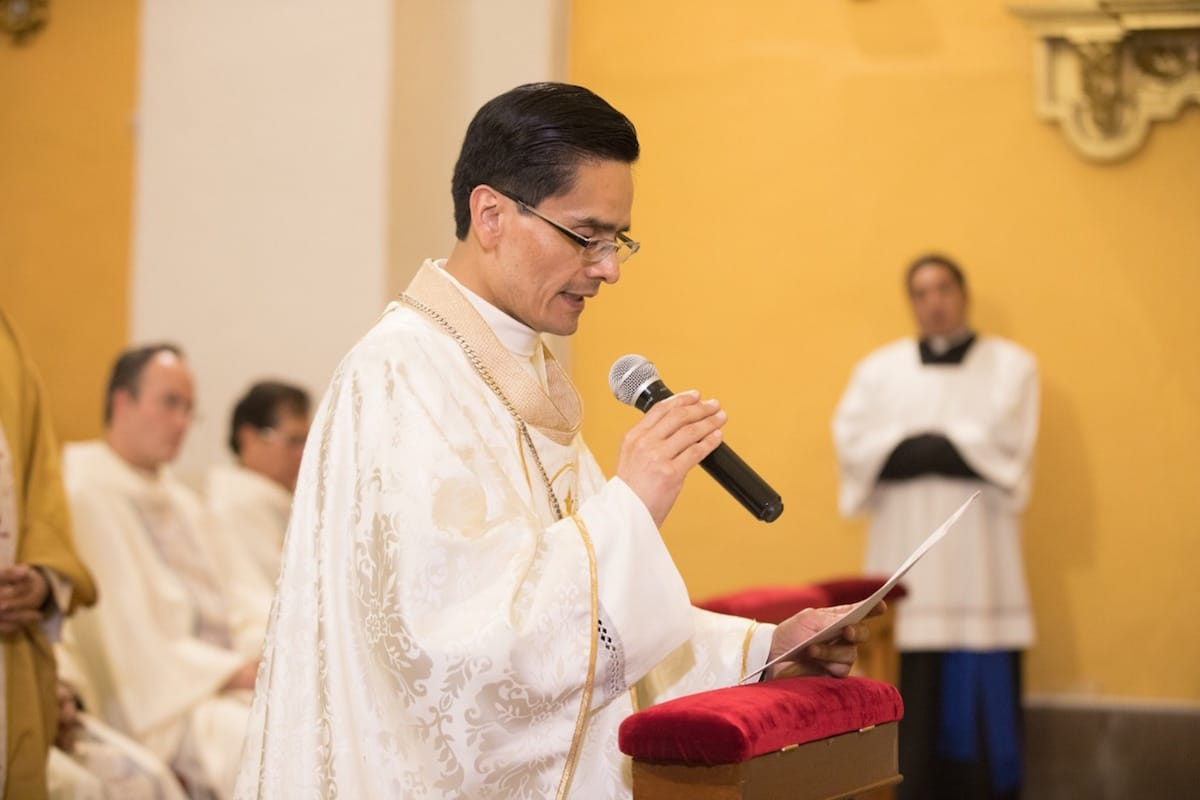 """El padre Pérez Raygoza es Vicario Episcopal Territorial de la Zona Pastoral """"Beato Miguel Agustín Pro"""". Foto: María Langarica"""