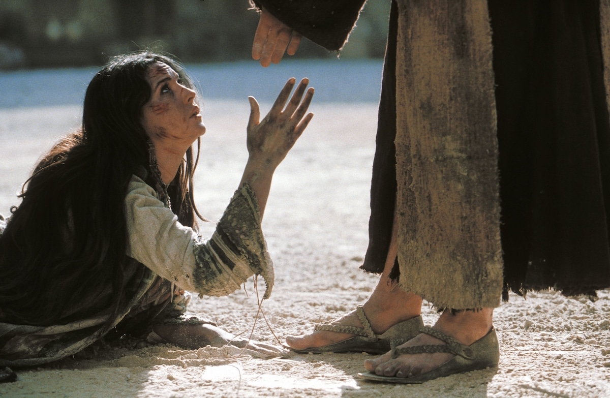 María Magdalena es interpretada por Monica Bellucci en la película La Pasión de Cristo.