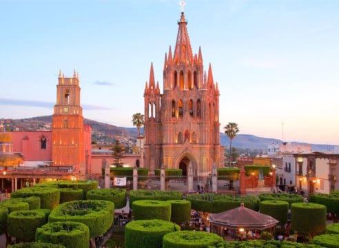 Las iglesias de San Miguel de Allende, la segunda mejor ciudad del mundo