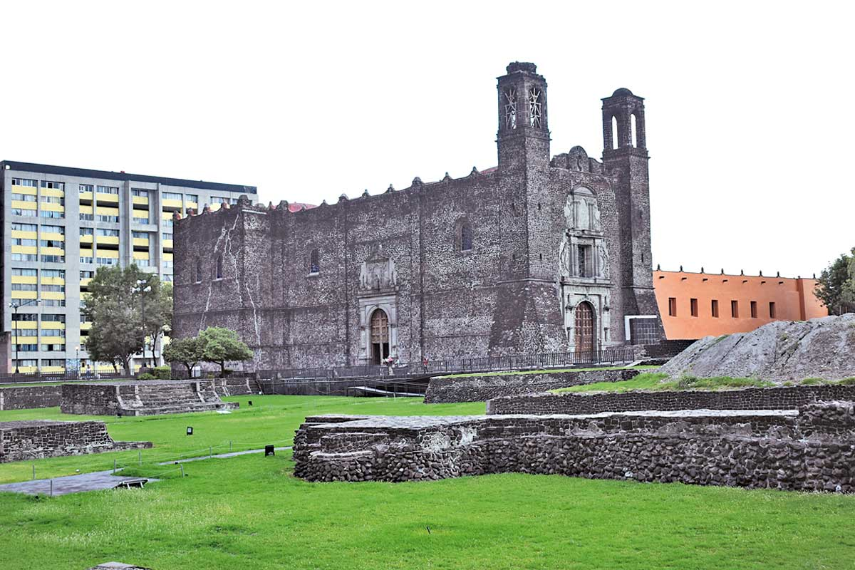 Parroquia de Santiago Apóstol está ubicada en Tlatelolco.