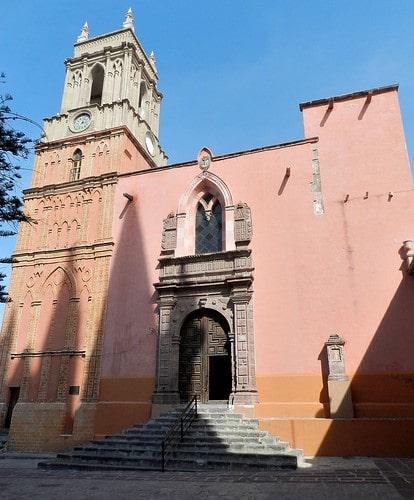 La iglesia de San Rafael en San Miguel de Allende.