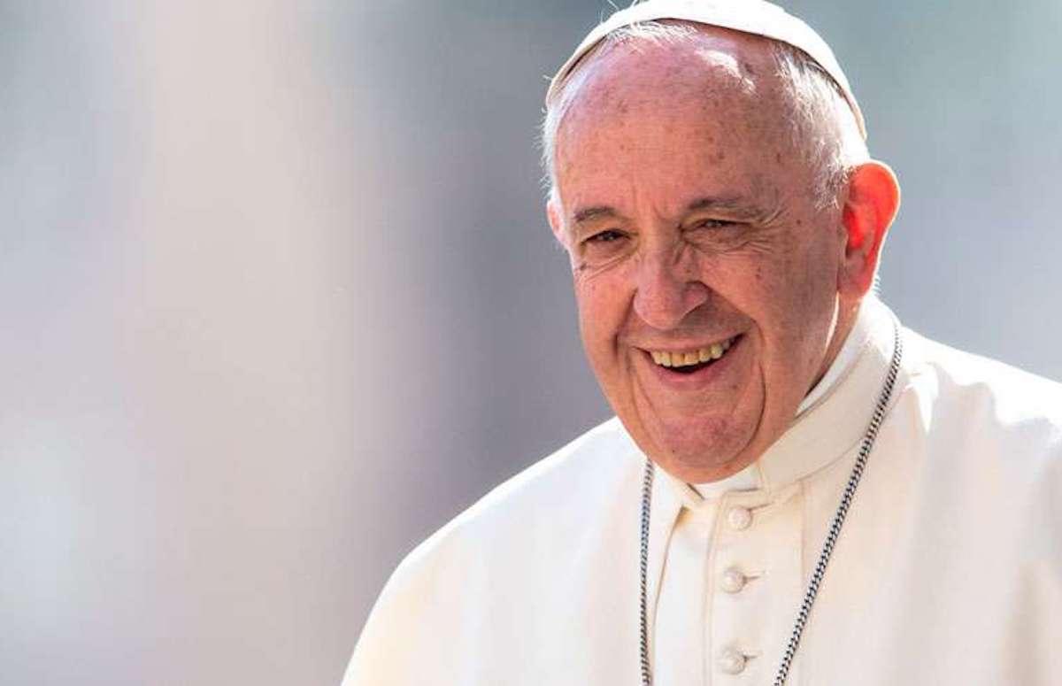 Mantener encendida la lámpara de la fe: Papa Francisco