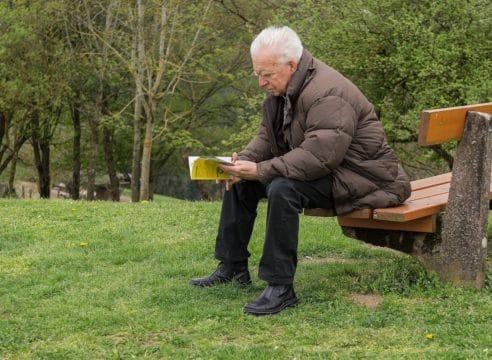 Monólogo del abuelo: ¿por qué los viejos nos volvemos silenciosos?