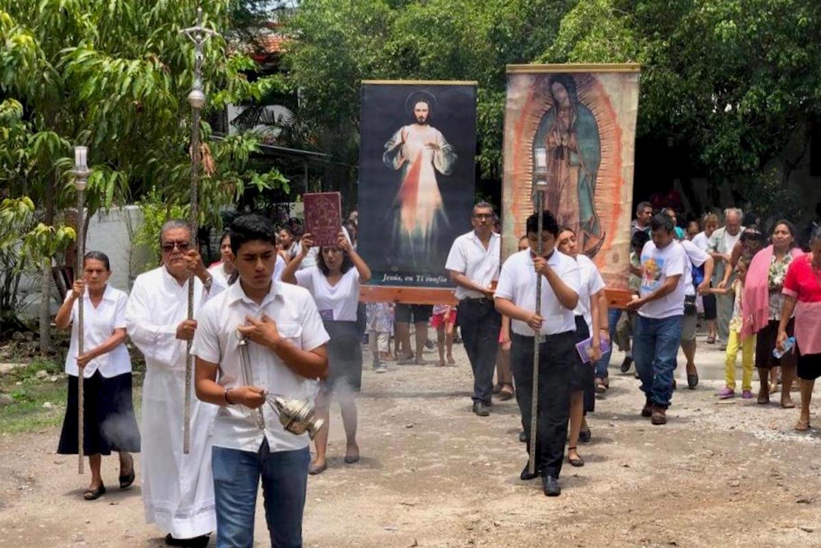 Imagen de la Virgen de Guadalupe y del Cristo de la Misericordia. Foto: Cortesía