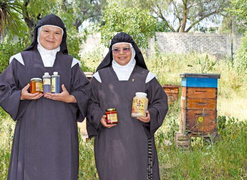 Carmelitas Descalzas: una vida entre la oración y la miel