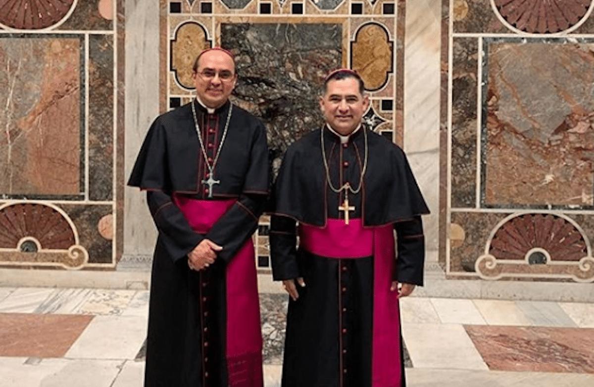 Monseñor Salvador González y Monseñor Carlos Samaniego, obispos auxiliares de la Arquidiócesis de México. Foto: Instagram @obisposalvador
