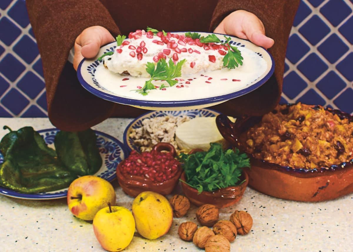 La receta de chiles en nogada incluye ingredientes que se cosechan en Puebla. Foto: Ricardo Sánchez