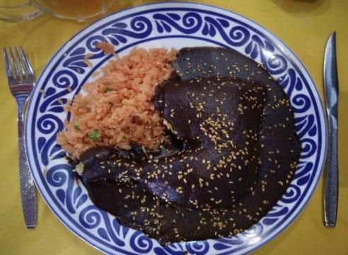 Receta de mole poblano, original de las monjas dominicas