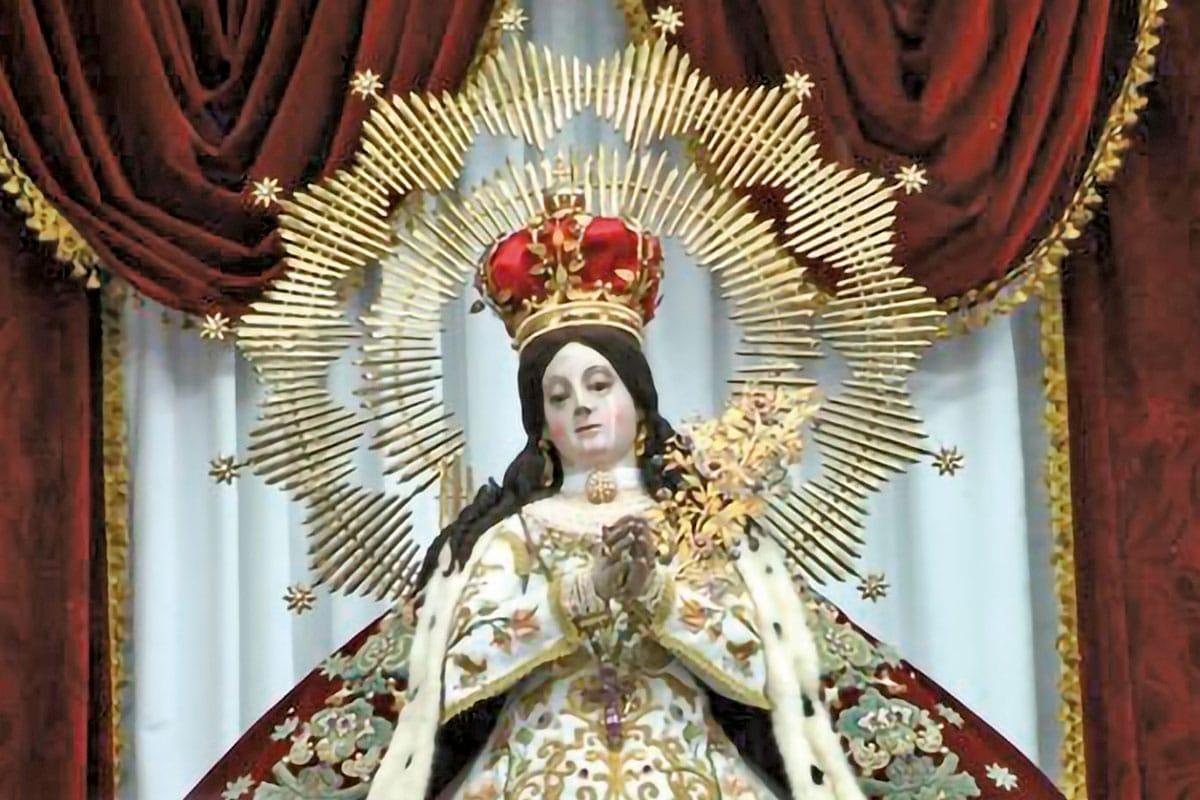 La Virgen de la La Virgen de la Salud, o Nuestra Señora de la Salud, es la patrona de Pátzcuaro.Salud es la patrona de Pátzcuaro.