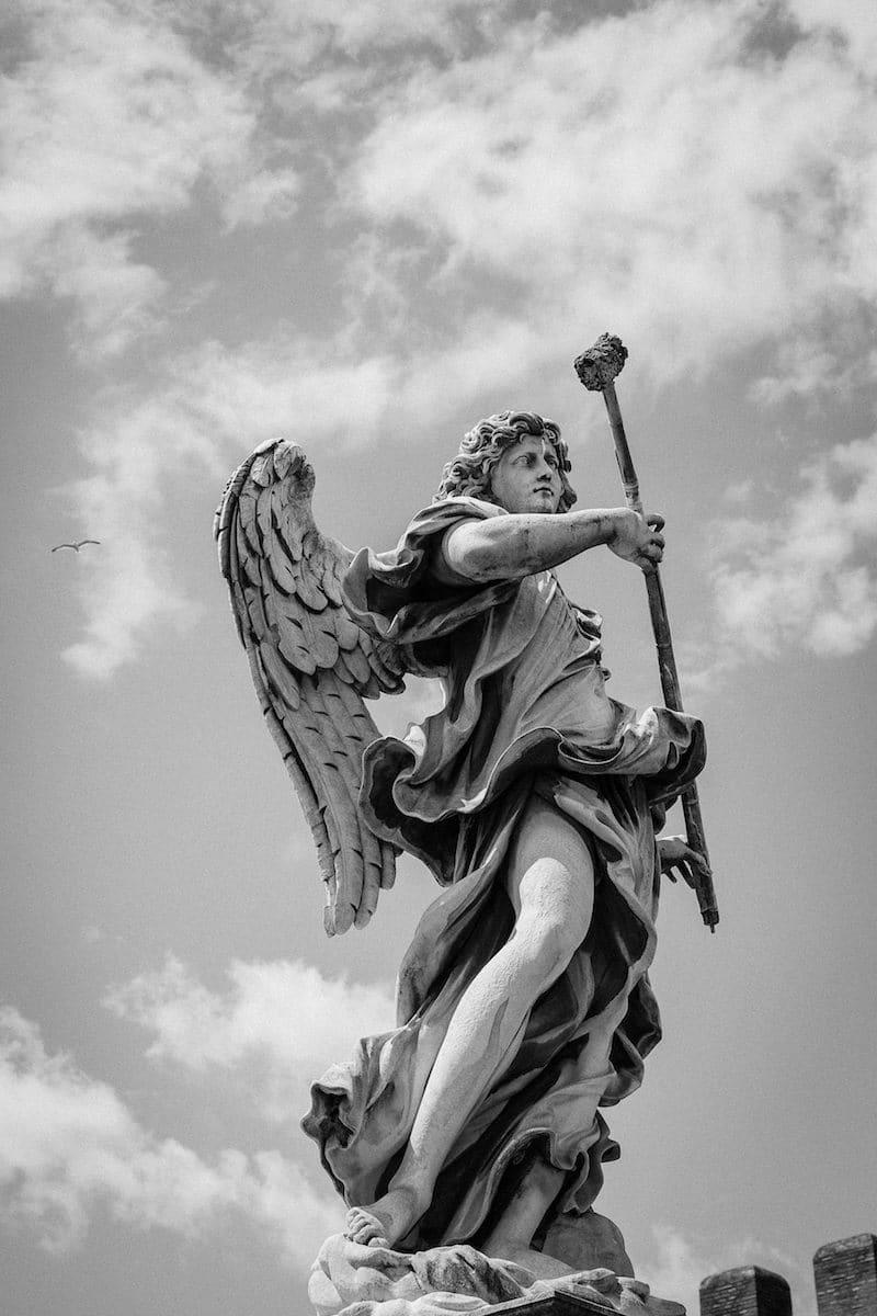 Los ángeles sirven y alaban a Dios. Foto: Cathopic