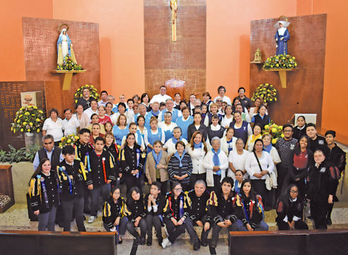 La comunidad viva de la Parroquia de Santa Catarina Labouré