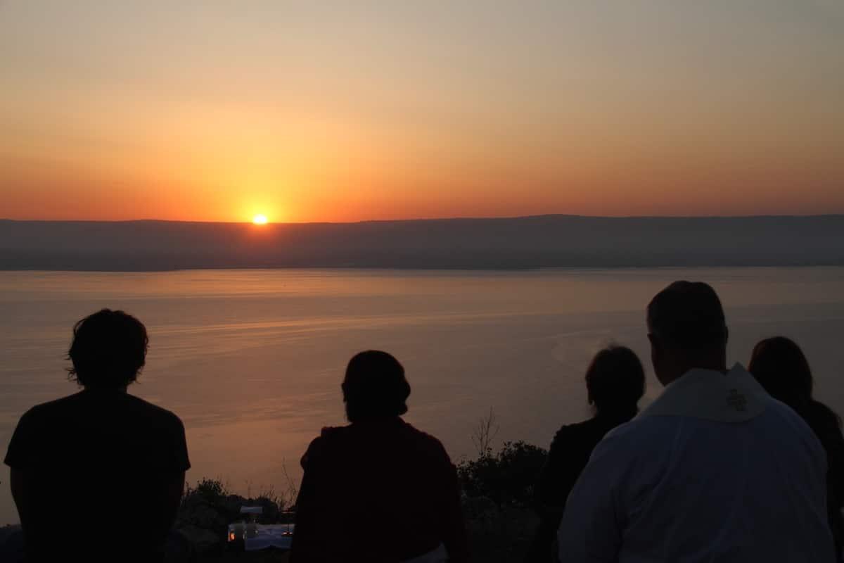 Atardecer al lado del Mar de Galilea
