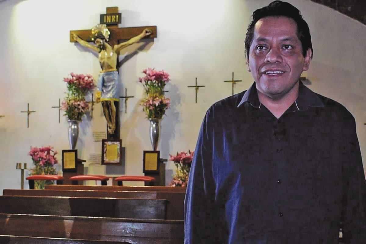 El padre Jaime Paredes, párroco de San Lorenzo y Santa Catarina.