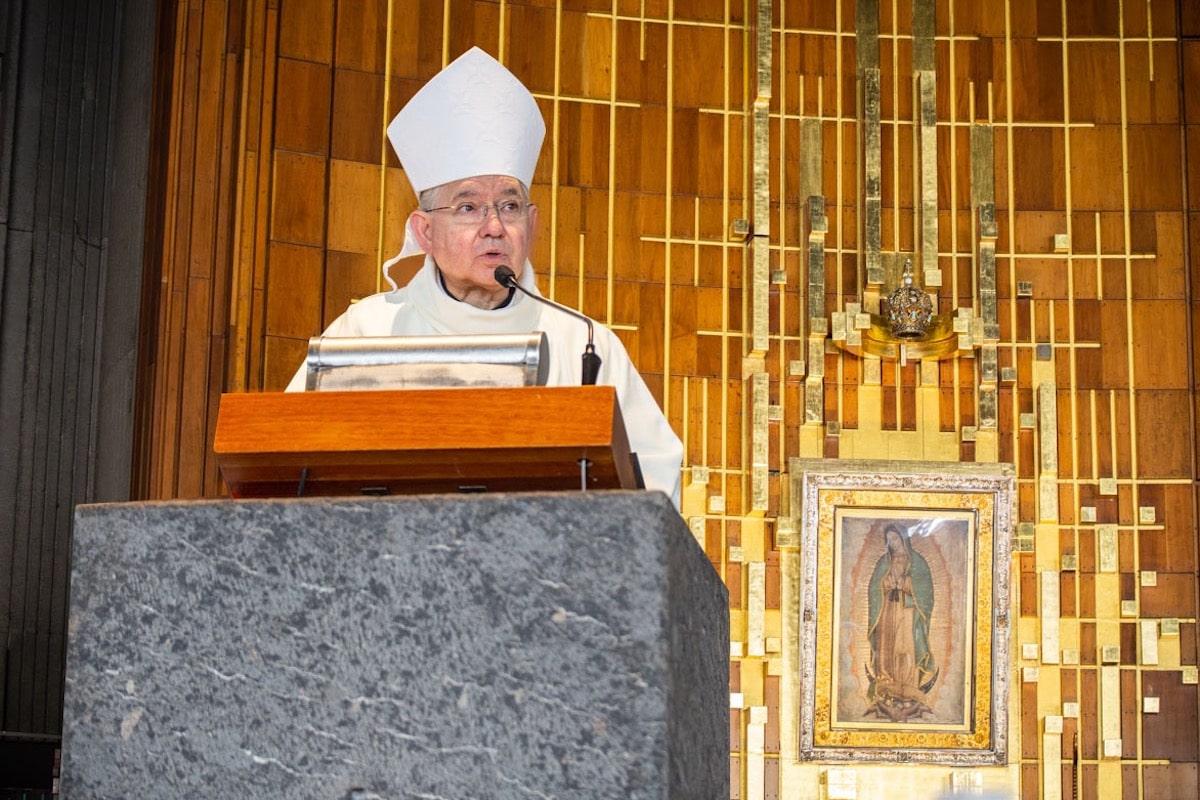 Monseñor José H. Gómez, Arzobispo de Los Angeles en la Basílica de Guadalupe. Foto: María Langarica
