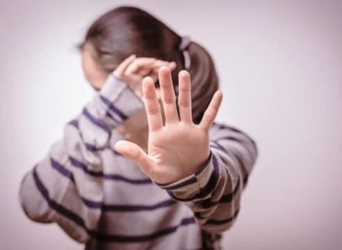 La violencia contra la mujer es degradación de la humanidad