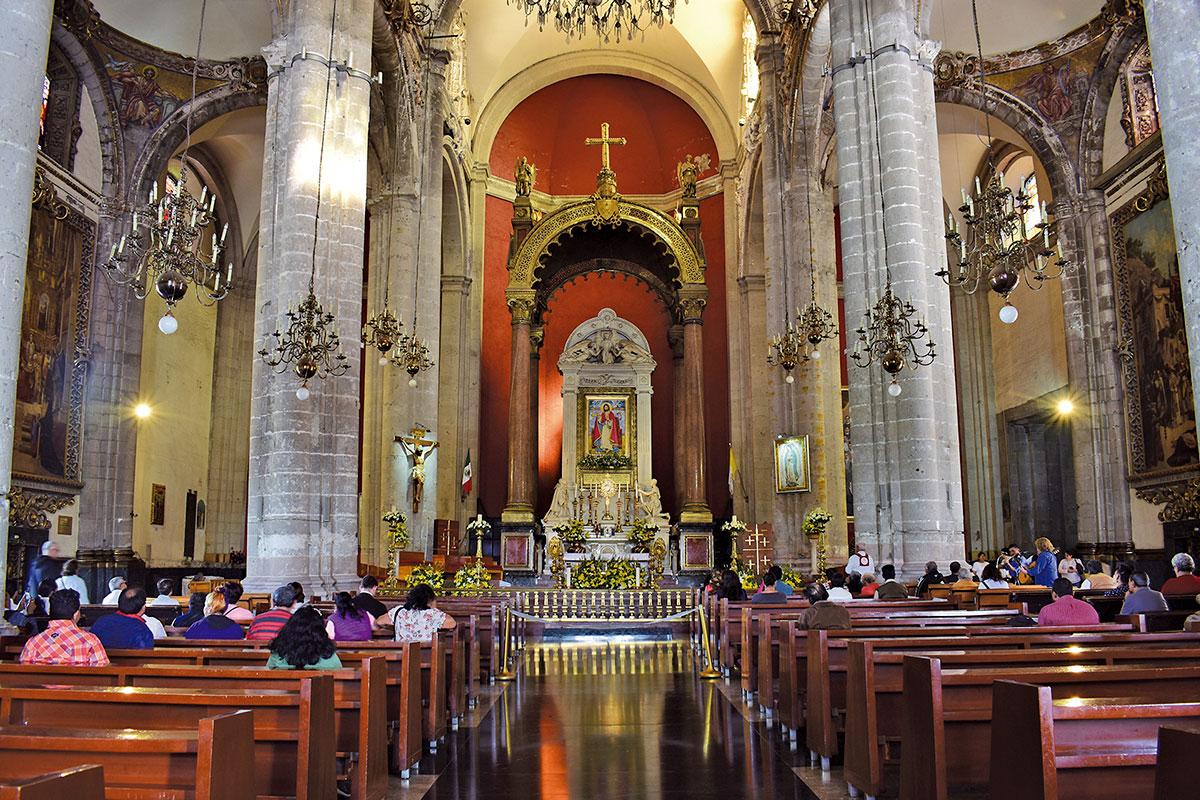 El Templo Expiatorio está en La Villa, a unos pasos de la actual Basílica. Foto Ricardo Sánchez