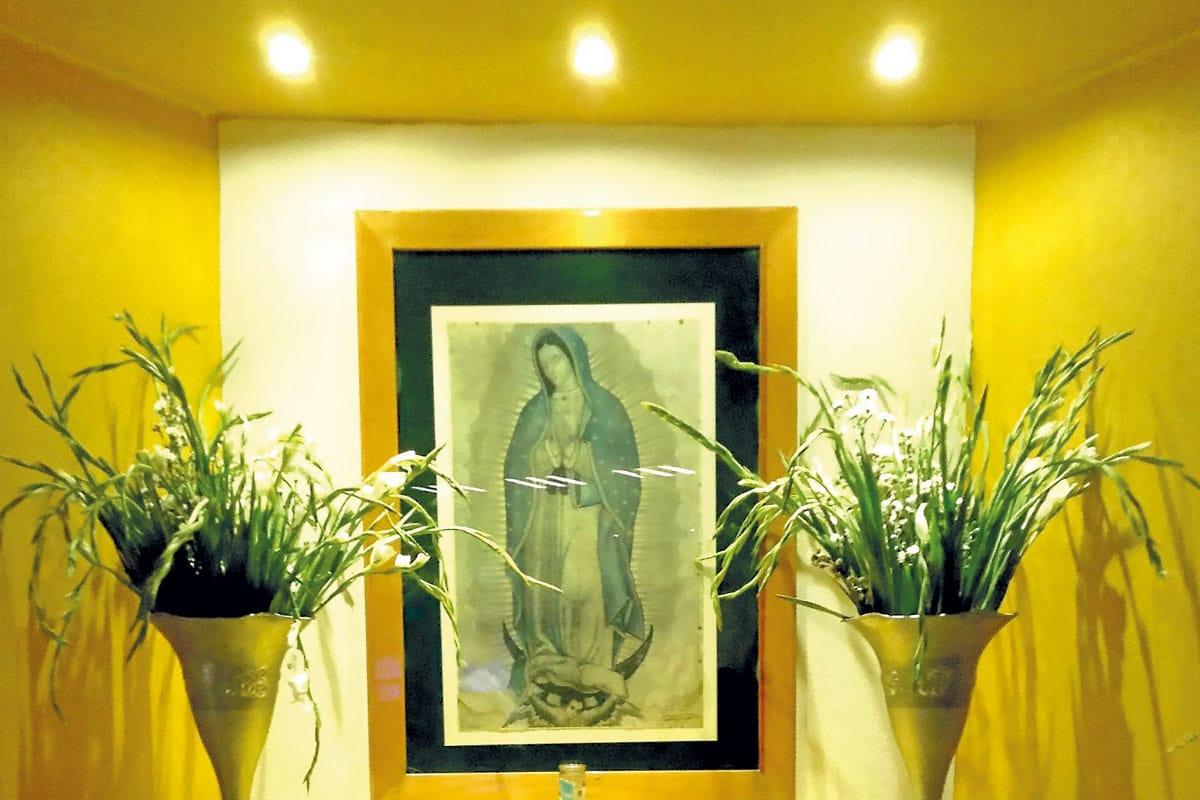 La imagen de la Virgen de Guadalupe del Azteca Azteca