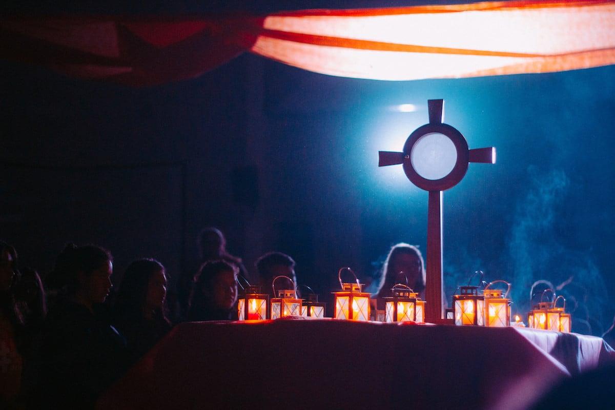 Para recibir la comunión espiritual, se necesita un profundo amor a Dios. Foto: Cathopic