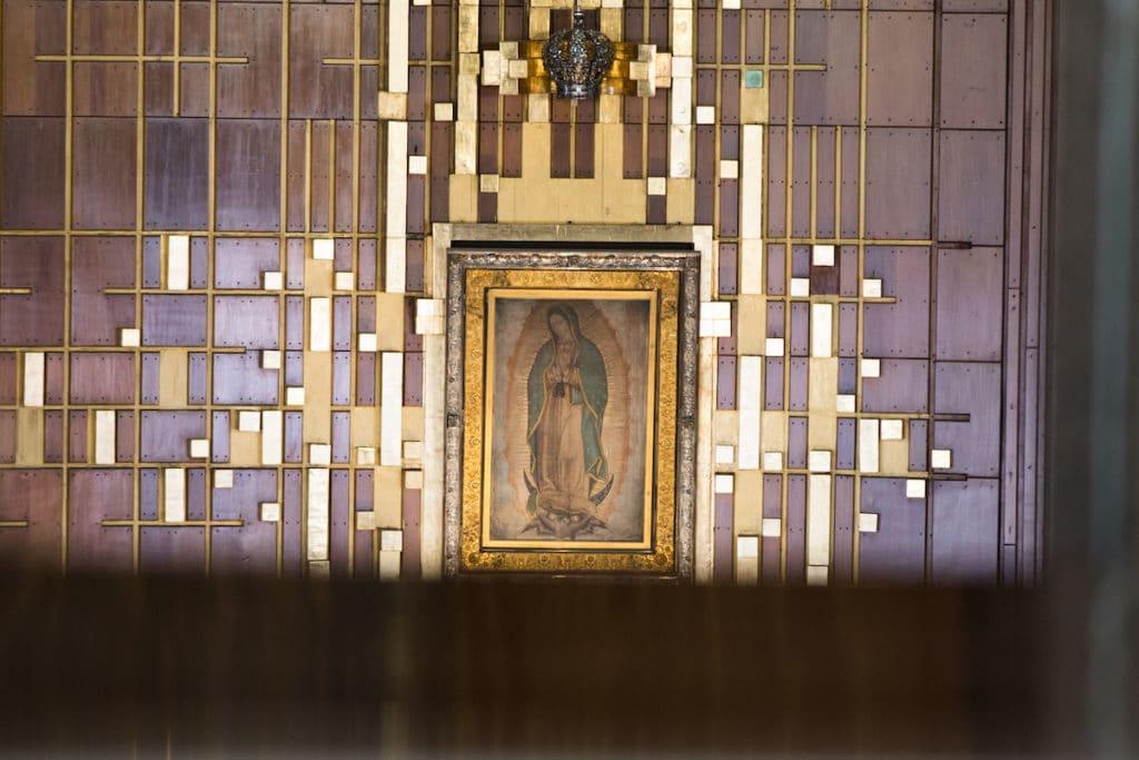 Imagen y corona de la Virgen de Guadalupe. Foto: María Langarica