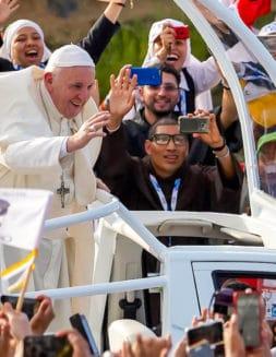 ¡Levántate!: 6 invitaciones del Papa a los jóvenes rumbo a la JMJ 2023