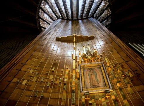 4 formas de celebrar la coronación de la Virgen de Guadalupe