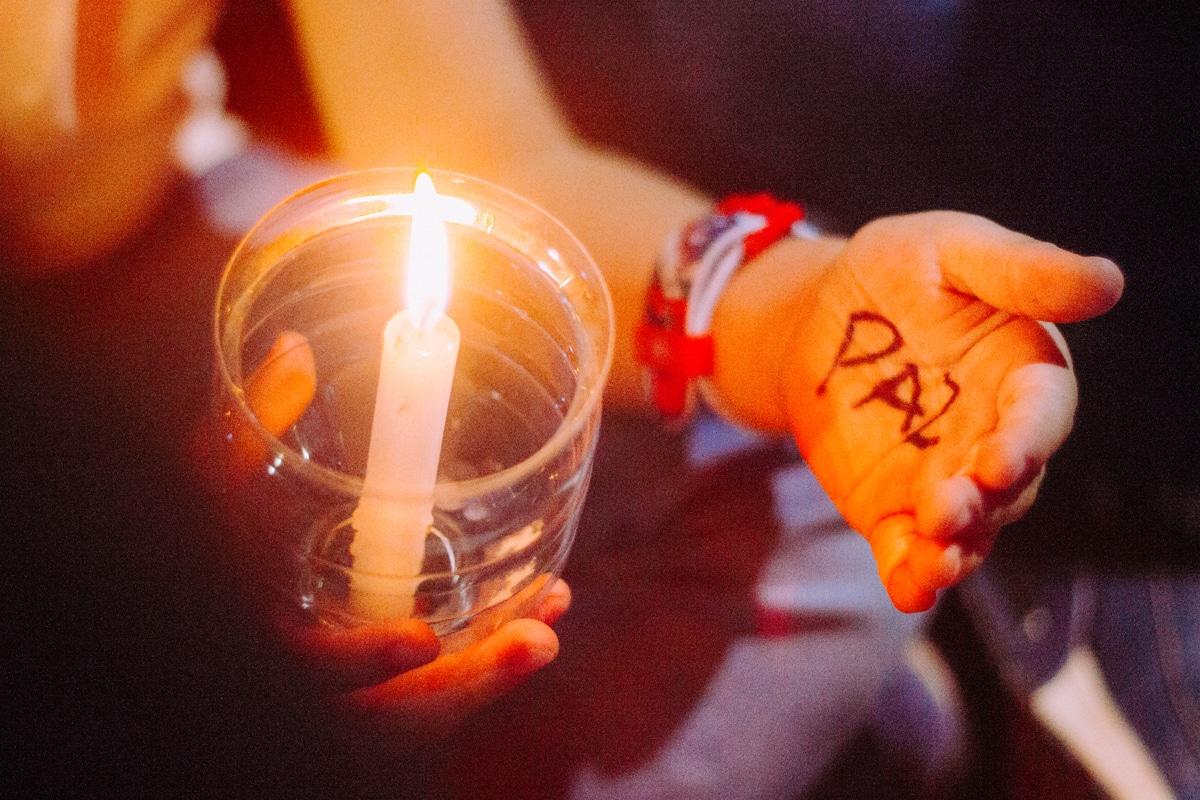 Editorial Oración por la paz
