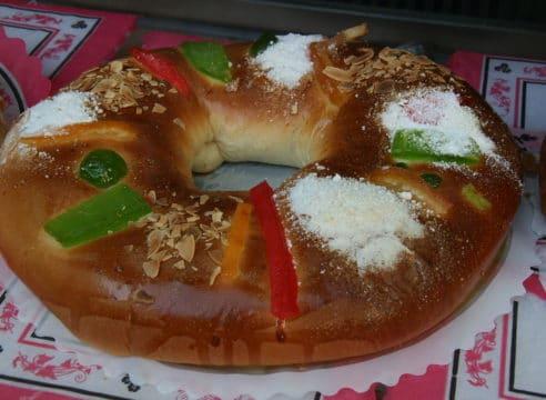 Dinámica para partir la Rosca de Reyes en familia