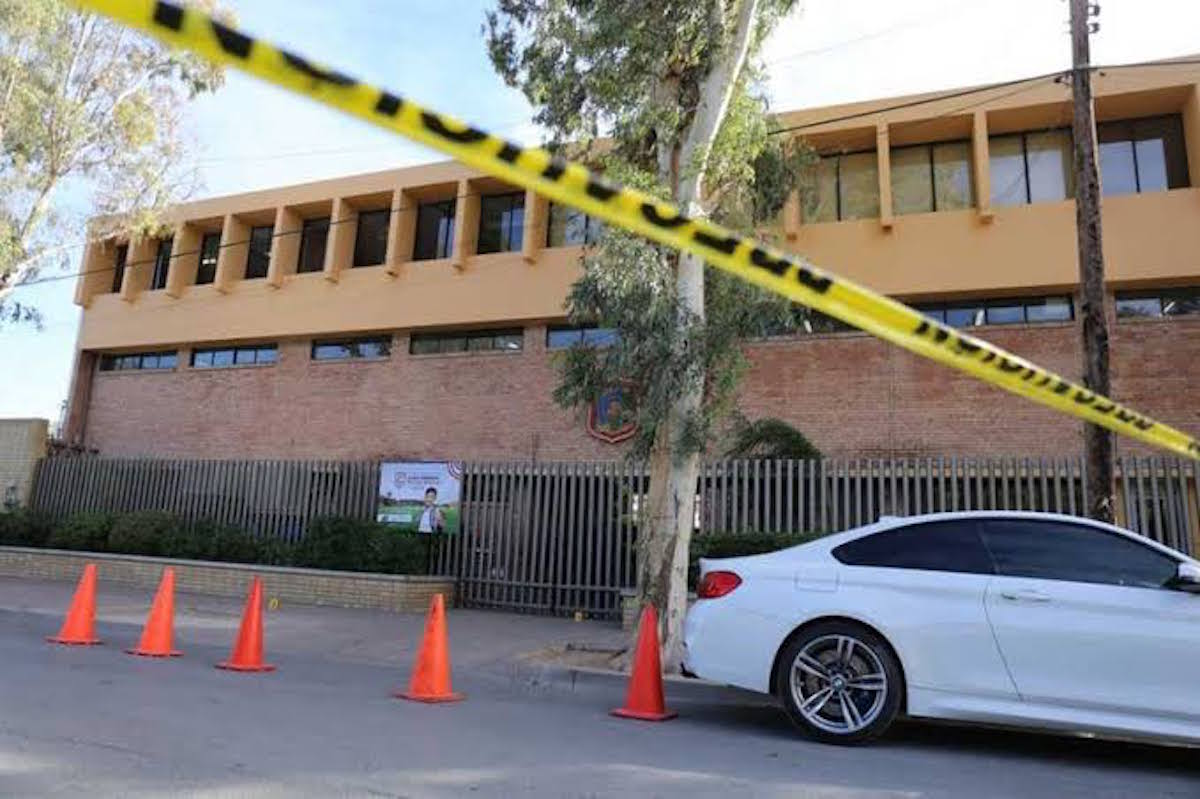 El Colegio Cervantes, en Torreón, Coahuila, tras el tiroteo. Foto: Especial