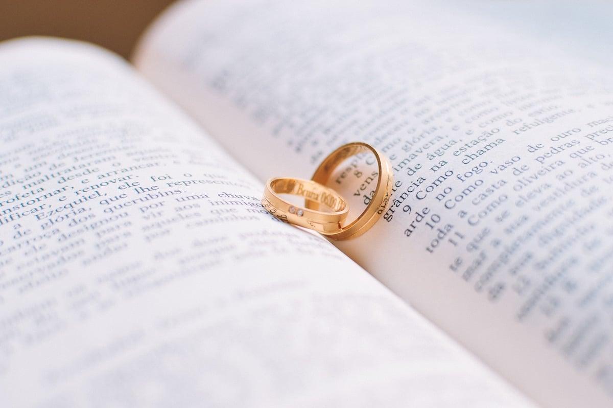 10 Versículos De La Biblia Sobre El Matrimonio Desde La Fe
