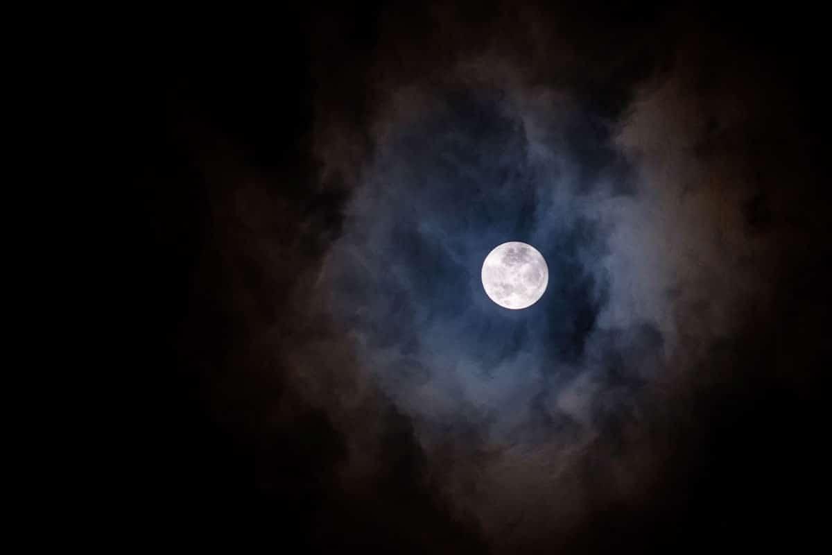 Tres oraciones para la noche. Foto Cathopic