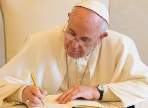 Estos son los documentos que ha escrito el Papa Francisco