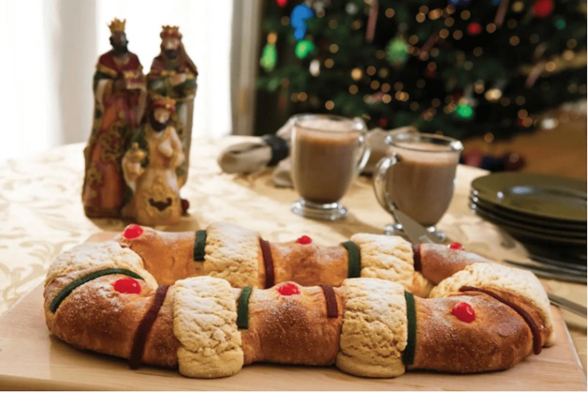 La Rosca de Reyes se comparte, tradicionalmente, el 6 de enero, Día de Reyes.