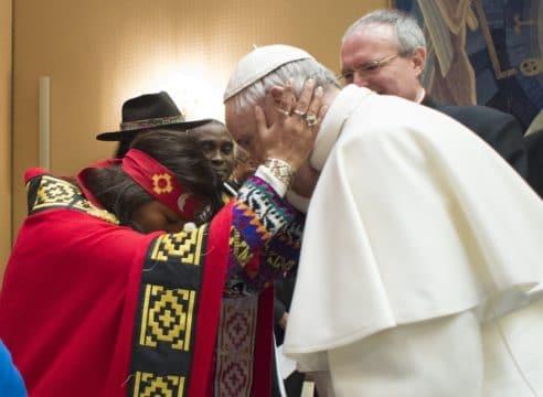 La Iglesia pide a los gobiernos no olvidar a los indígenas en la pandemia