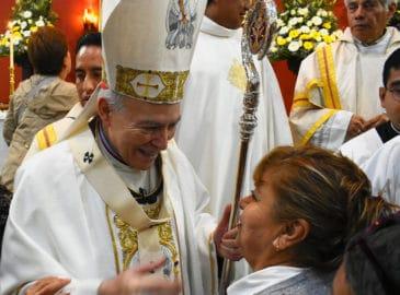 Cardenal Aguiar: La Iglesia se enriquece con la presencia de mujeres